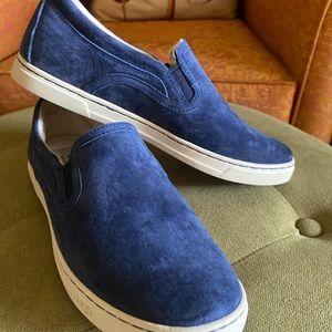 Ugg Slip on Sneakers